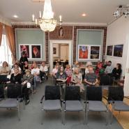 Pozvání na výstavu v Americkém centru v Praze